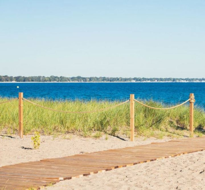 Five Freshwater Beaches Within Hours of Toronto